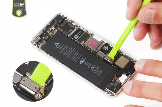 Step 10 - image 1 - LCD Screen Clip repair