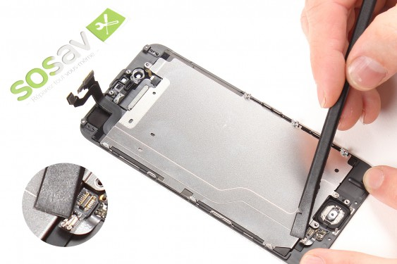 Step 17 - image 3 - LCD Screen repair