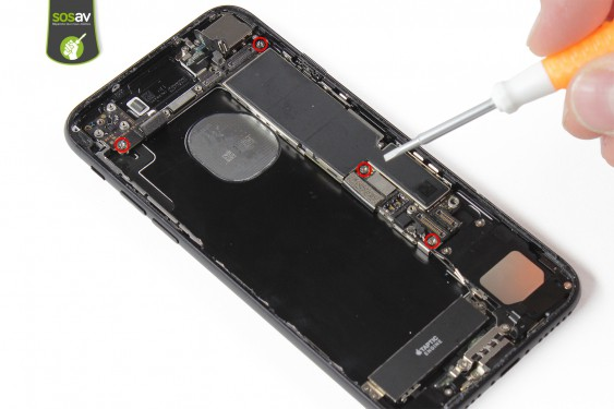 Step 28 - image 1 - Rear Case repair