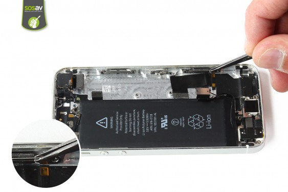 Step 20 - image 2 - LCD Screen Clip repair