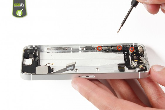 Step 29 - image 1 - Power Cable + Vibrator and Volume Button repair