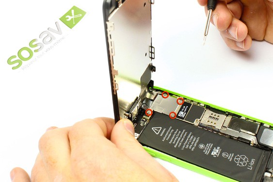 Step 4 - image 1 - Display Assembly repair