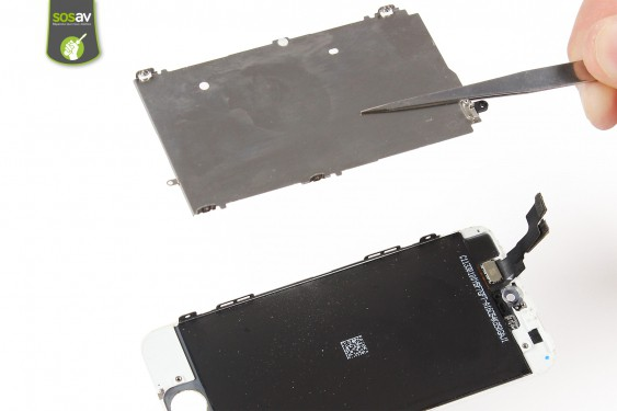 Step 16 - image 4 - LCD Shield Plate repair