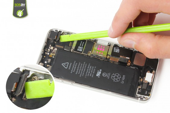 Step 10 - image 4 - LCD Screen Clip repair