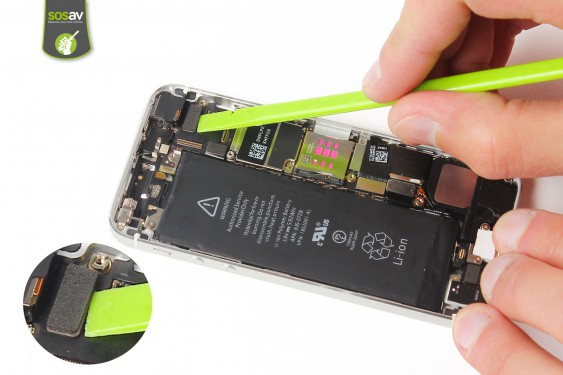 Step 10 - image 3 - LCD Screen Clip repair