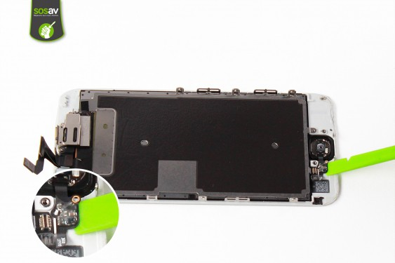 Step 11 - image 2 - Home button repair