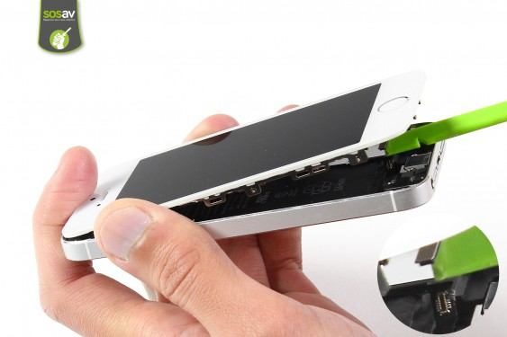 Step 4 - image 2 - LCD Screen Clip repair
