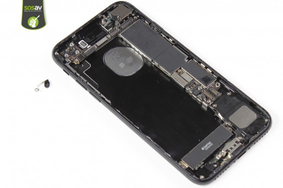Step 27 - image 4 - Rear Case repair