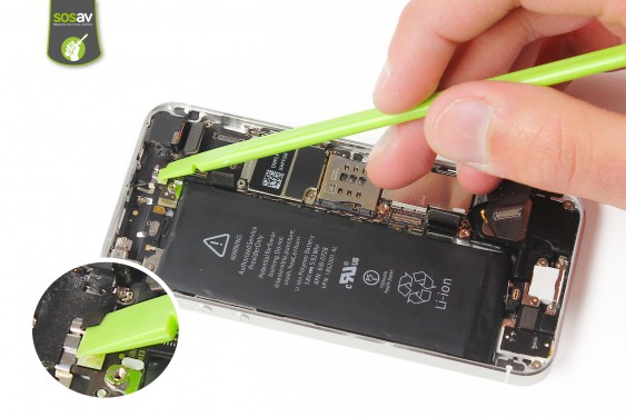 Step 15 - image 1 - LCD Screen Clip repair