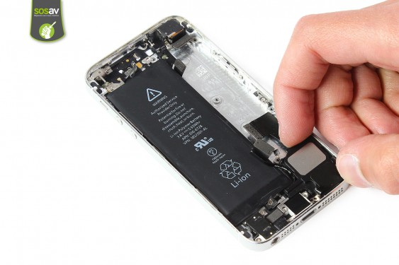 Step 19 - image 2 - LCD Screen Clip repair