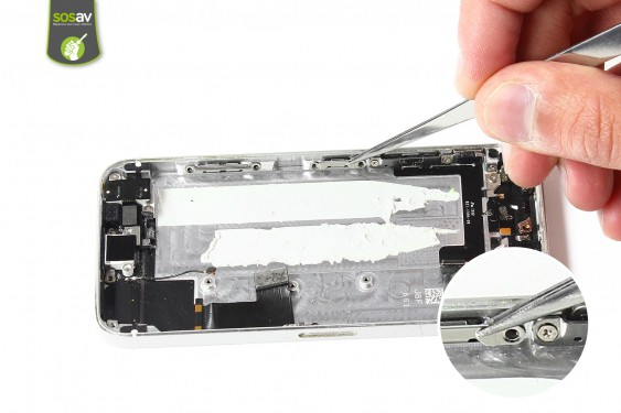 Step 24 - image 2 - LCD Screen Clip repair