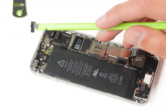 Step 15 - image 3 - Power Cable + Vibrator and Volume Button repair