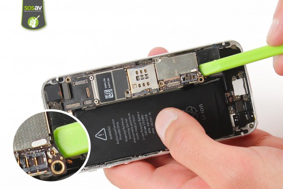Step 17 - image 2 - LCD Screen Clip repair