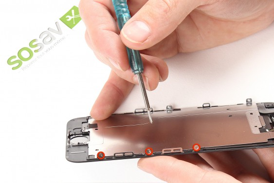 Step 21 - image 3 - LCD Screen repair