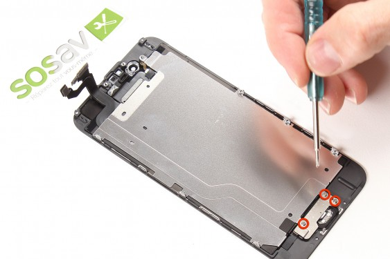 Step 16 - image 1 - LCD Screen repair
