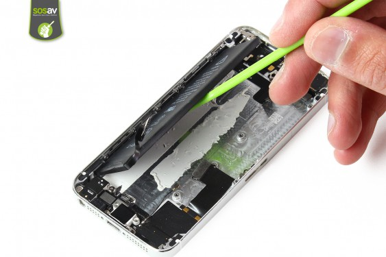 Step 22 - image 3 - LCD Screen Clip repair