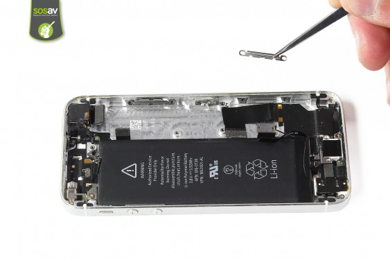 Step 20 - image 3 - LCD Screen Clip repair