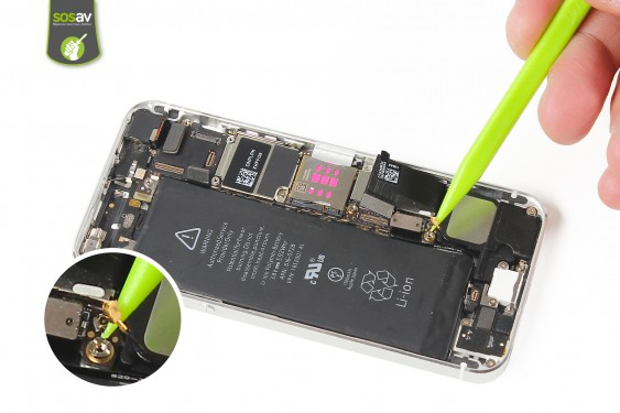 Step 12 - image 4 - LCD Screen Clip repair