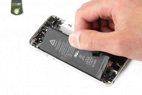 Step 23 - image 1 - LCD Screen Clip repair