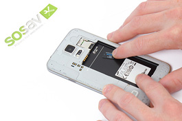 Tuto réparation Samsung Galaxy S5 : Carte micro SD