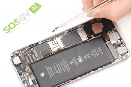 Tutorial reparieren iPhone 6 : Hebel des SIM-Fachs