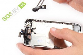 Repair tutorial for iPhone 4 : Jack plug, volume buttons and vibrator flex cables