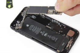 Repair tutorial for iPhone 7 : Logic Board
